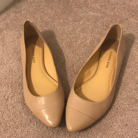 Gianni Bini scarpe   Nude Pointytoe Flats   Poshmark